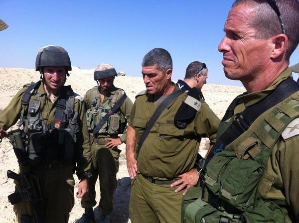 الاستمرارية والتغيير في الخلفية الاجتماعية للنخبة العسكرية الإسرائيلية