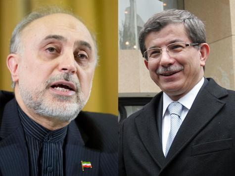 انعطافـة إيرانيـة ـ تركيـة.. نحـو الحـل السـياسـي في سـوريـا