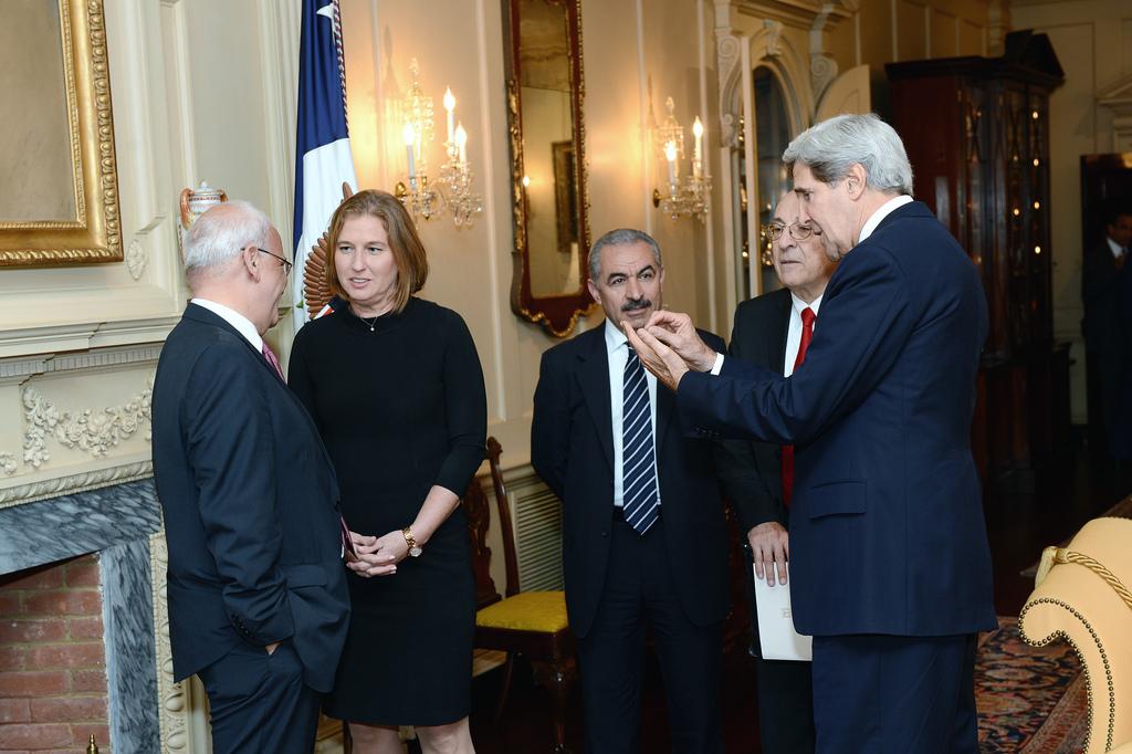 Negotiations Israeli - Palestinian
