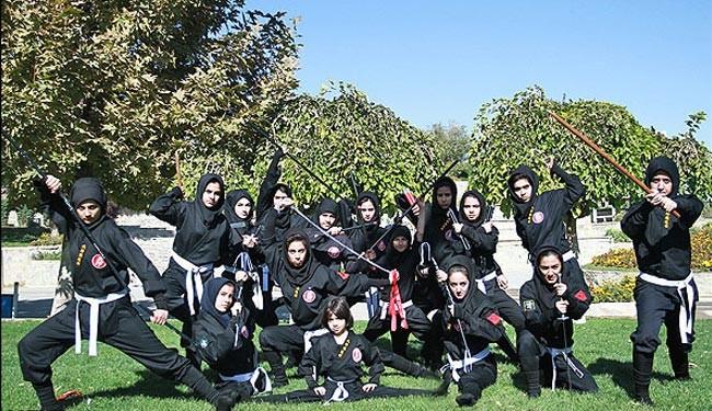 بالصور/ فتيات النينجا الايرانيات