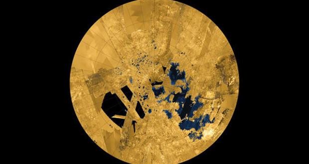 القمر تيتان يحتوي على وقود أكثر من كوكب الارض بمئات المرات