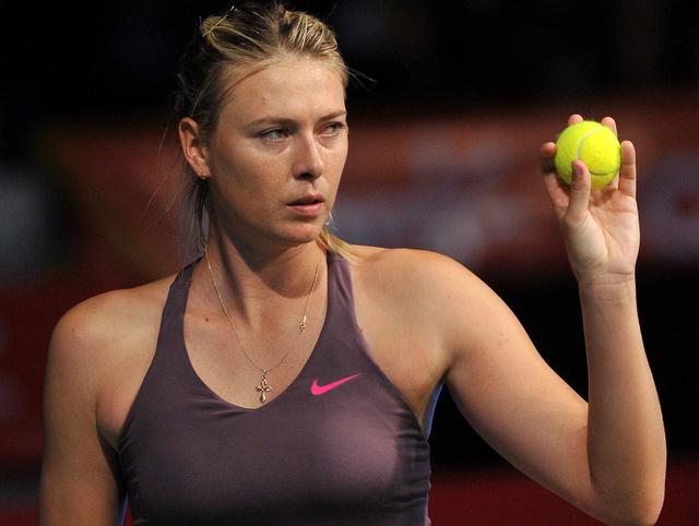 شارابوفا تكلل عودتها الى ملاعب التنس بالفوز على غارسيا