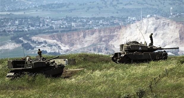 العدو الاسرائيلي يكرر دعمه للجماعات الارهابية و يقصف موقعا للجيش السوري بريف القنيطرة