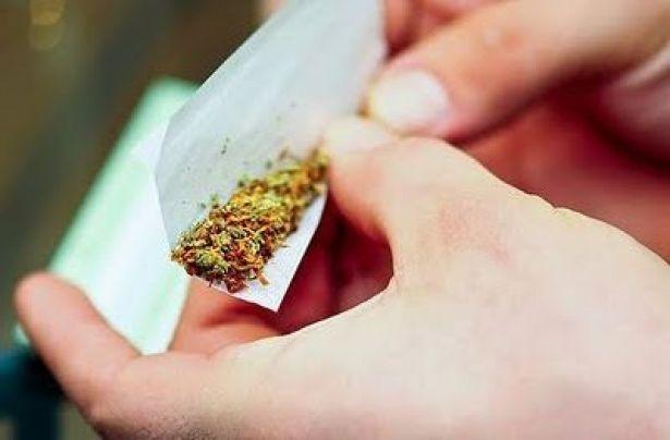 drugs-ganjah-marihuanna-smoke-weed-Favim_hashishe