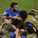 بالصور.. إيطاليا تصتطاد الأسود الثلاثة 2-1 في قمة المجموعة الرابعة لمونديال البرازيل
