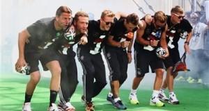 ما سبب إعتذار رئيس إتحاد الكرة الألماني من الأرجنتين؟