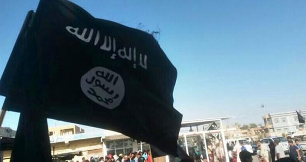 إرهاصات حرب طائفية تحرق المنطقة على وقع 'استعراض' الضربات الأميركية