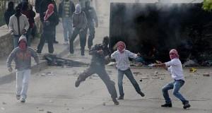 اصابة عدد من الفلسطينيين بمواجهات مع جيش الاحتلال بالضفة الغربية