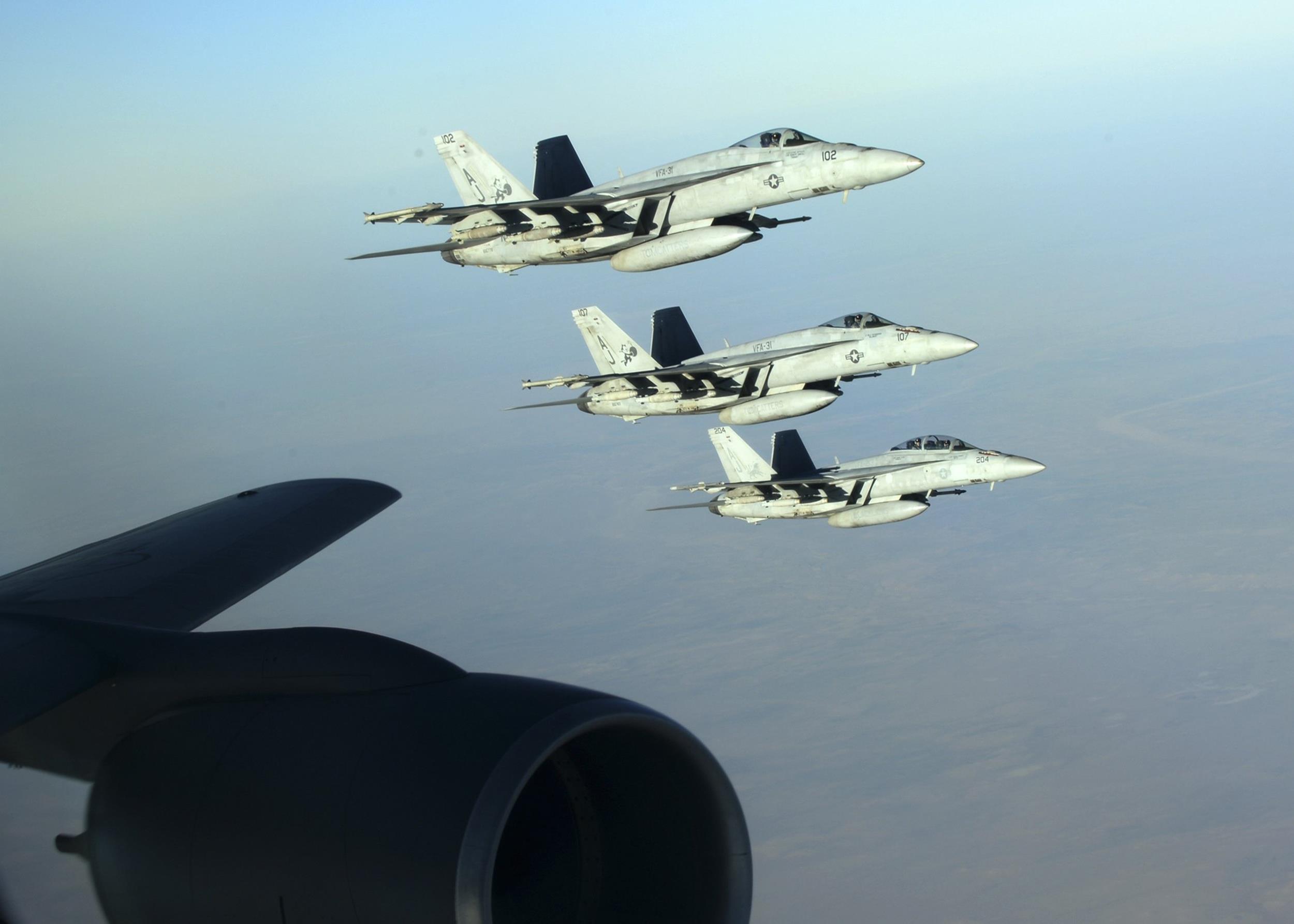معظم طائرات مشاة البحرية غير جاهزة للمعركة