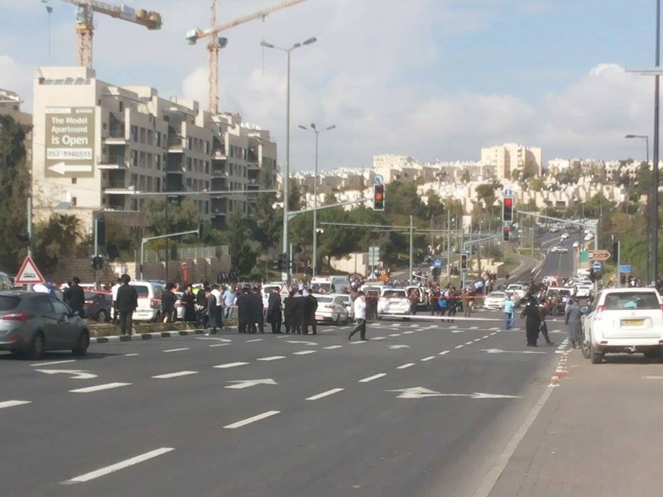 palestine-quds-carattack