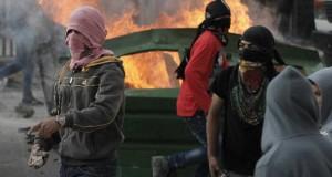 مواجهات في القدس واعتداءات للمستوطنين على الفلسطينيين في نابلس
