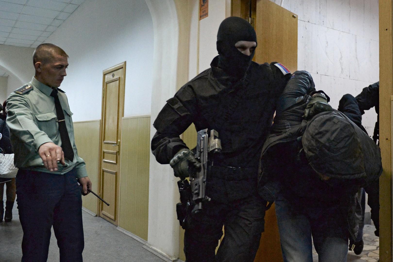المتهمون في قضية مقتل نيمتسوف