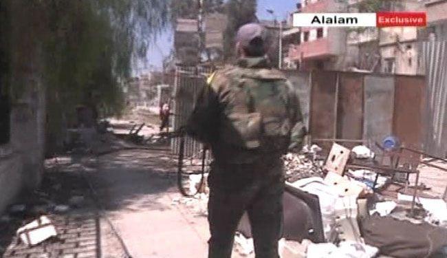الجيش والفصائل الفلسطينية يستعيدان مناطق واسعة من مخيم اليرموك