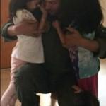 بالصور/هكذا ودّع الطيار السعودي صغاره.. ليفتك بأطفال اليمن