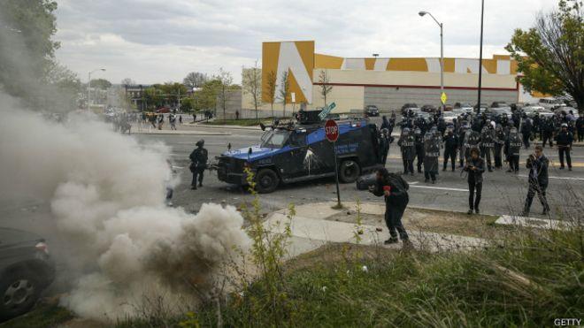 usa-baltimore-clashes