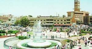 مشروع النظافة بأمانة العاصمة يستأنف رفع المخلفات من كافة الشوارع و الأحياء