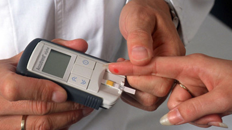 قياس مستوى السكر في الدم