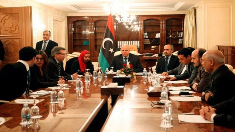 المبعوث الخاص للأمم المتحدة إلى ليبيا يحضر اجتماعا مع أعضاء المؤتمر الوطني العام الليبي