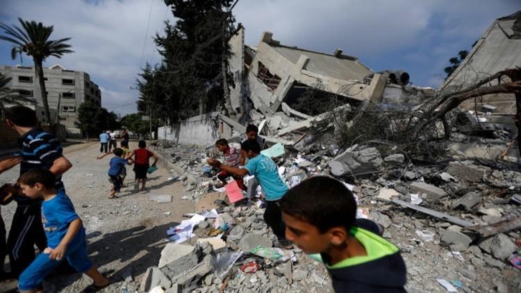 مدرسة تعرضت للقصف