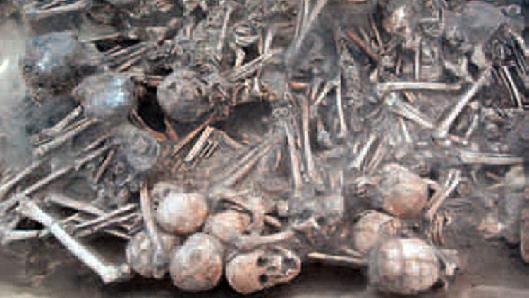 الهياكل العظمية التي عثر عليها علماء الاثار