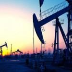 النفط يواصل صعوده بعد تحقيق أكبر مكاسبه اليومية