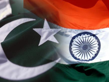 الهند وباكستان تتبادلان قائمة بمنشآتهما النووية.