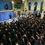 قائد الثورة الاسلامية : التفاوض مع امريكا ممنوع