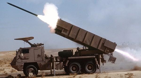 الجيش اليمني واللجان الشعبية يسيطران على 3 مواقع سعودية