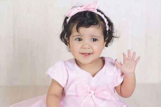 البحرين: ابنة الشيخ سلمان بلا جنسية