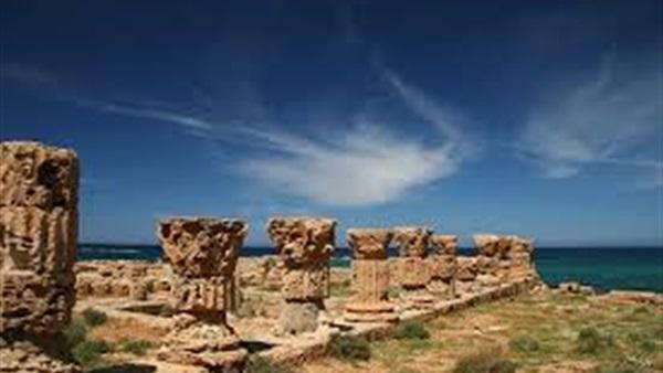 مصلحة الآثار الليبية تنجز البطاقة الحمراء لحماية الآثار من المتاجرة والتهريب .
