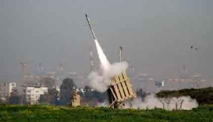 """""""اسرائيل"""" تنشئ مركزًا موحّدًا لاعتراض صواريخ حزب الله و""""حماس"""""""