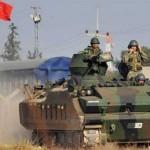 الجيش التركي يُعزِّزُ مواقعه على حدود سوريا