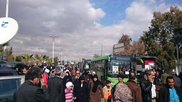 عائلات سورية نازحة