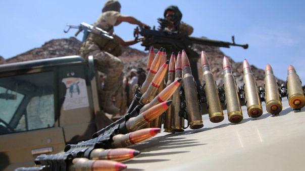 """الجيش اليمني واللجان الشعبية يسقطون طائرة """"اباتشي"""" سعودية في حجة"""