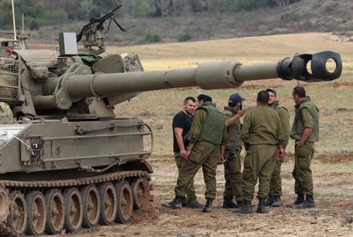 الجيش الاسرائيلي يطلق قذائف مدفعية باتجاه الحدود مع لبنان على خلفية تهديدات حزب الله