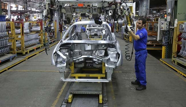سيامكو تستأنف إنتاجها بمعدل 100 سيارة