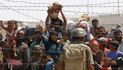 السلطات التركية تغلق حدودها مع سوريا