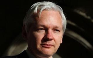 بريطانيا تعتزم اعتقال مؤسس ويكيليكس