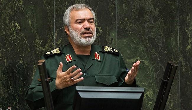 قائد القوة البحرية لحرس الثورة الاسلامية الادميرال علي فدوي