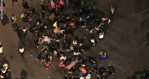 عشرات الجرحى في مواجهات بين متظاهرين والشرطة في هونغ كونغ