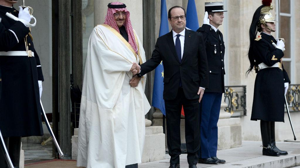 عالم فرنسي يعيد وسام جوقة الشرف إحتجاجاً على منحه لولي العهد السعودي