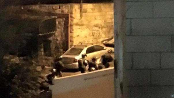 مداهمات ليلية في أحياء القدس