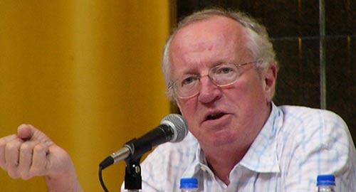 الكاتب البريطاني روبرت فيسك