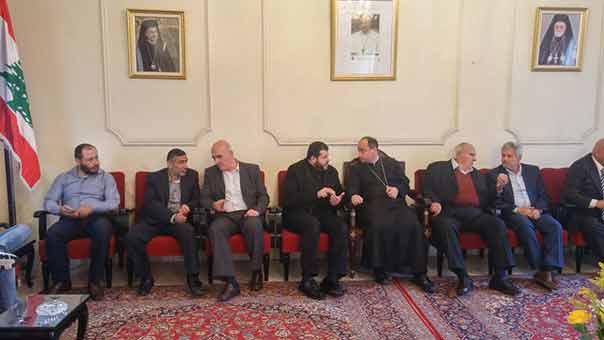 حزب الله يزور الفعاليات المسيحية في صيدا مهنئاً بالفصح المجيد