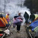 الشرطة اليونانيَّة تُباشِر إخلاء مخيَّم المهاجرين في إيدوميني