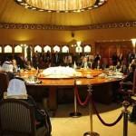 حوار الكويت: الوفد الوطني اليمني يحذر من عودة الغارات ويؤكد انها تهدد مسار المشاورات