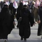 سعوديات يتجهن الى الكويت بحثًا عن وظائف
