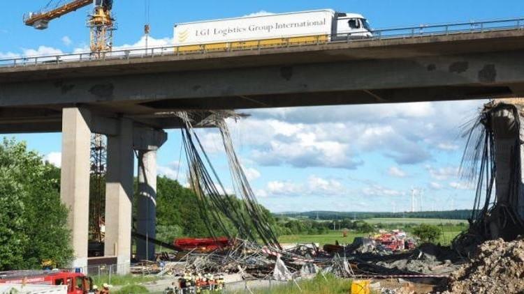 ألمانيا- انهيار جسر