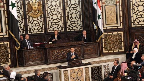 الرئيس الأسد: لن نسمح لرعاة الإرهاب بإسقاط سوريا ولن ننسى ما قدّمته المقاومة اللبنانية الوطنية لنا