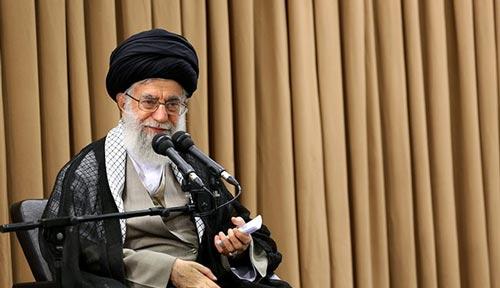 الإمام الخامنئي: سنحرق الاتفاق النووي إذا مزقه الأميركيون
